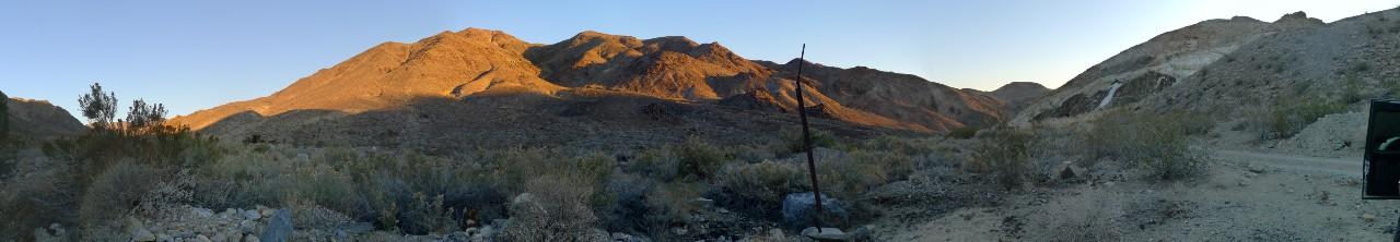 Двухсобачьи Ночи в Долине Смерти